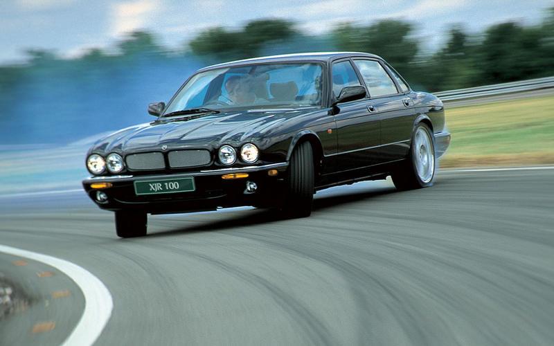 Jaguar XJR (1997)