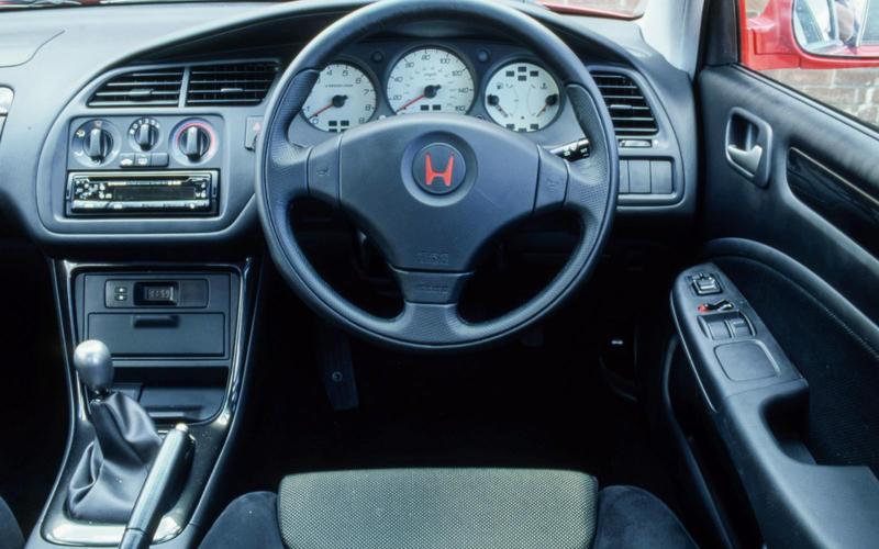 Honda Accord Type R (1998-2002) - interior