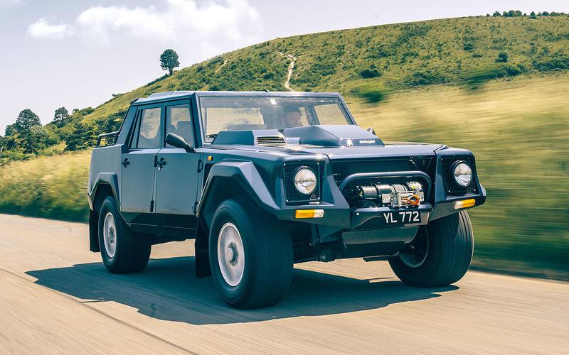 Lamborghini: LM002