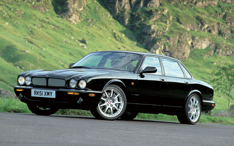 Jaguar XJR R Performance (1999)
