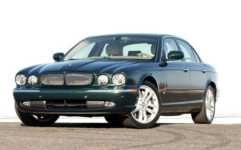 Jaguar XJR (2003)