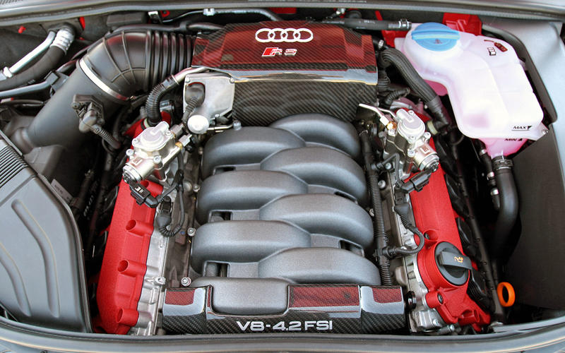 Audi RS4 (B7) (2006-2008) - engine