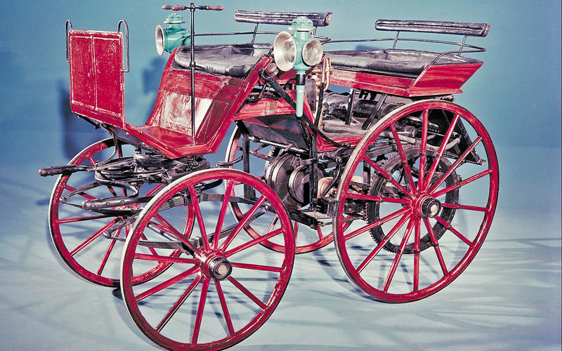 FOUR WHEELS: Daimler Motorised carriage (1886)
