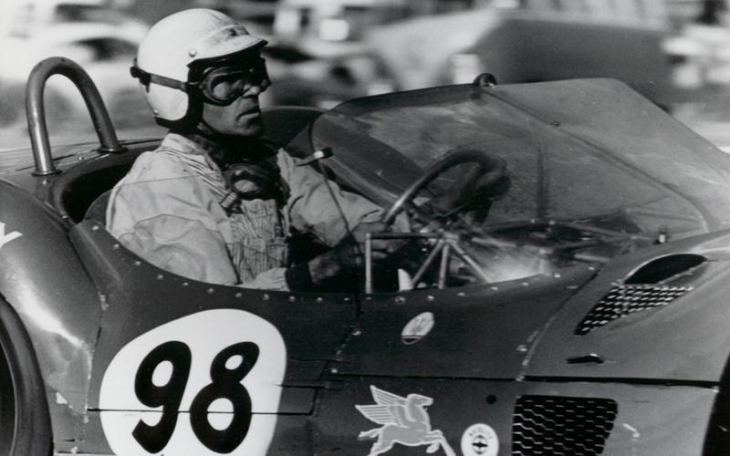 Shelby stops racing (1960)