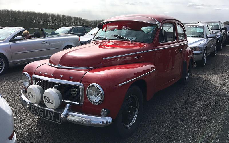 Volvo PV444 (1946-1958)