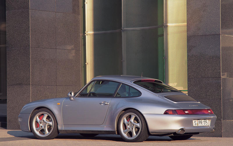 Porsche 911 (993) (1993)