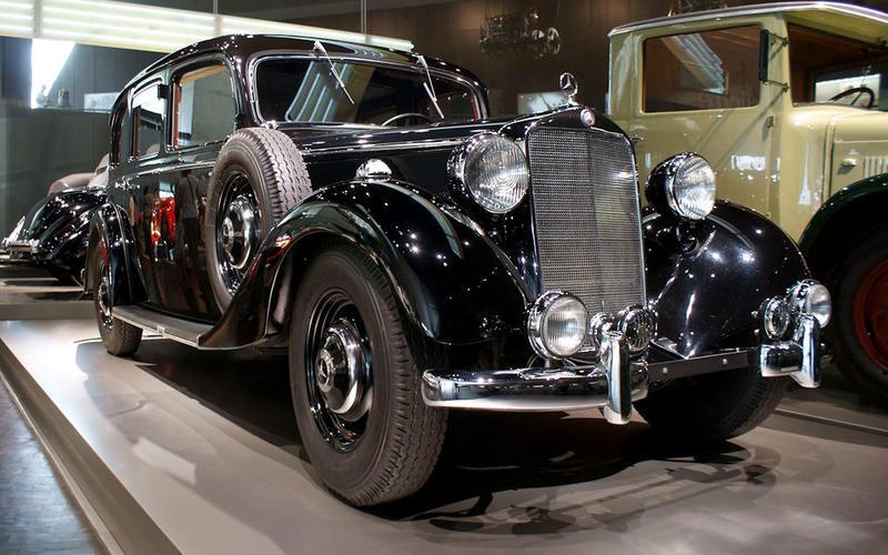 DIESEL ENGINE: Mercedes-Benz 260D (1936)