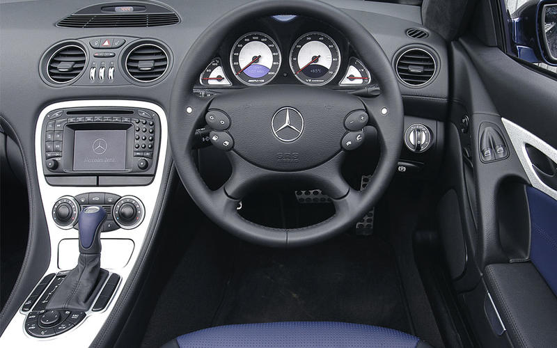 Mercedes SL55 AMG (2002-2008) - interior