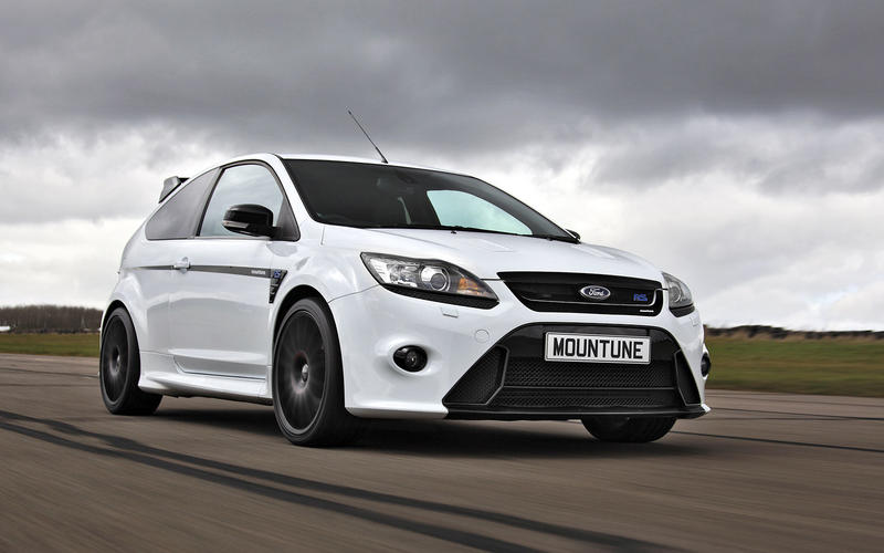 Ford Focus RS Mountune (2010)