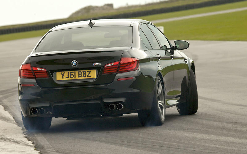 BMW M5 F12 (2011)