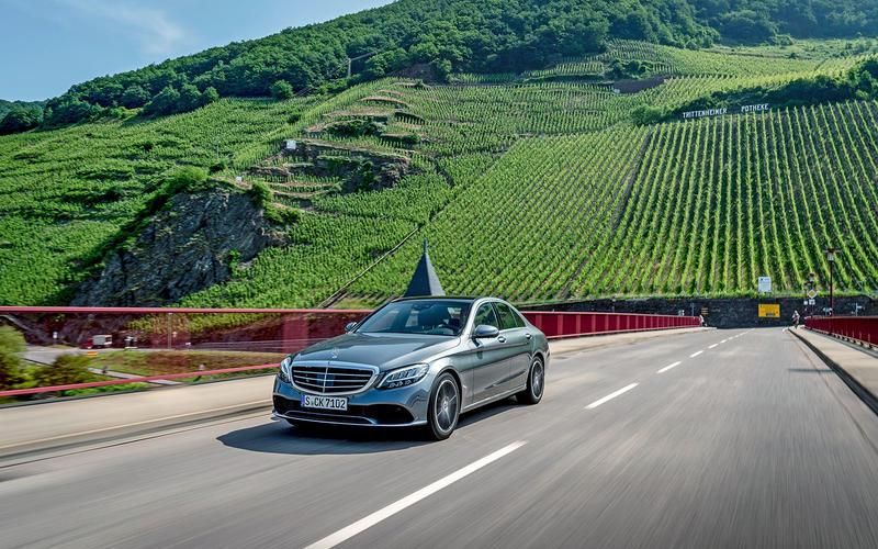 15: Mercedes-Benz C-class