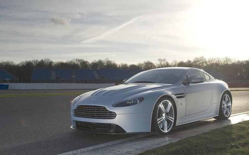 61 Aston Martin V12 Vantage S