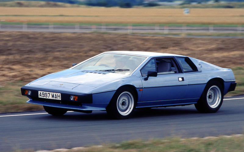 64. 1975 Lotus Esprit (NO CHANGE)