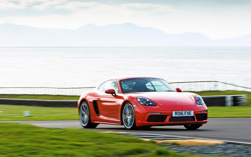 14: Porsche 718 Cayman