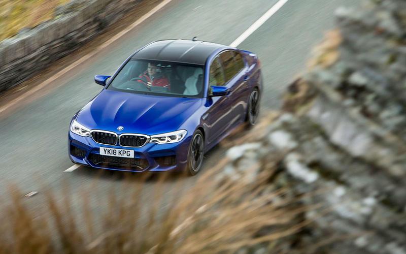 BMW M5 F90 (2017)