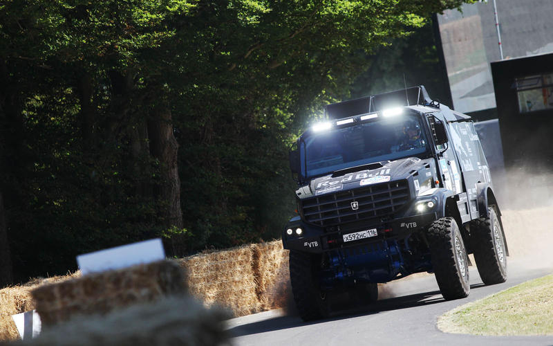Kamaz 43509 K Dakar truck gets sideways