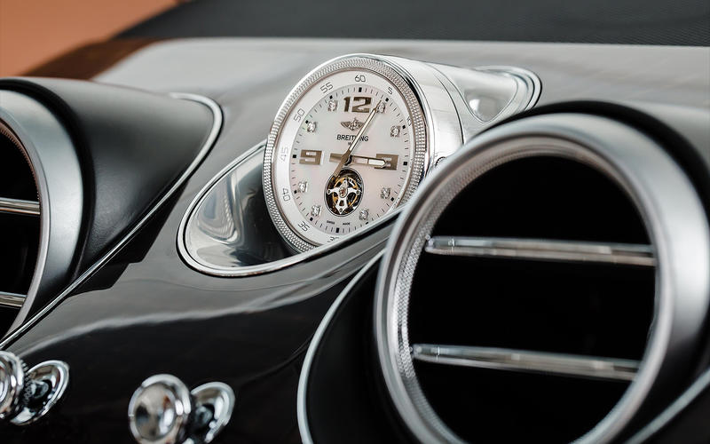 Bentley Bentayga: Mulliner Tourbillon by Breitling clock