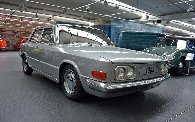 [Présentation] Le design par VW - Page 5 4-ronan-glon-volkswagen-museum-1963-ea-128-1_7