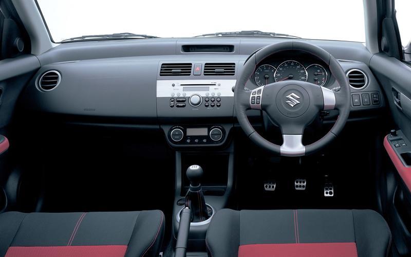 Suzuki Swift Sport (2005-2012) - interior
