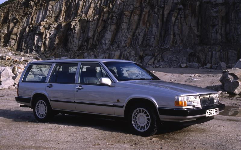 Volvo 900 Series from £550