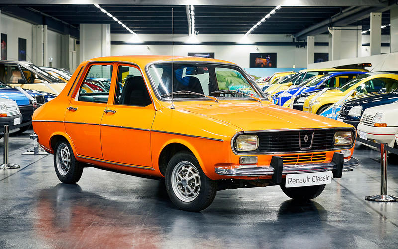 Renault 12 - then