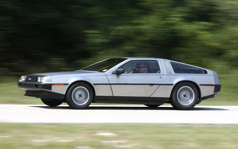 DeLorean DMC-12 - later