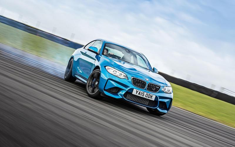 8: BMW M2