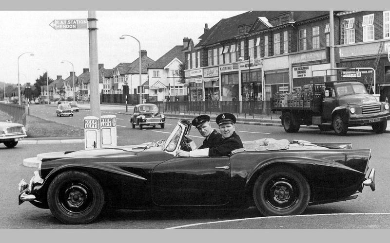 28: Daimler SP250 (Britain)