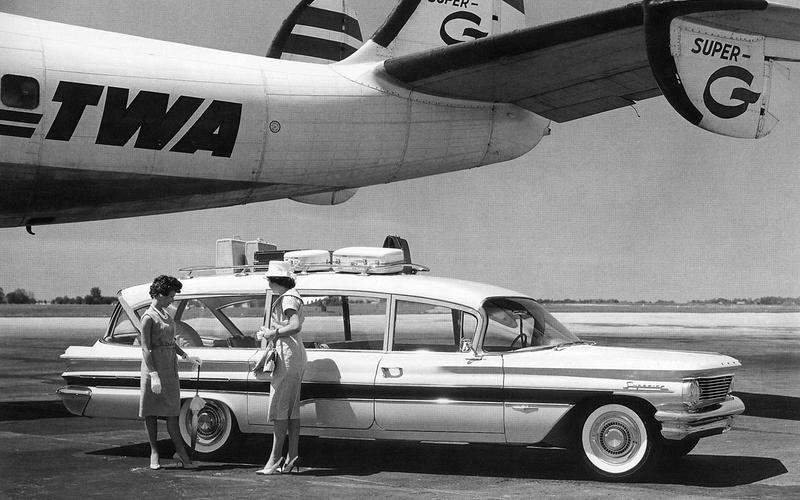 Pontiac Caravelle