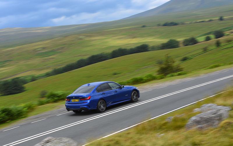 5: BMW 320D