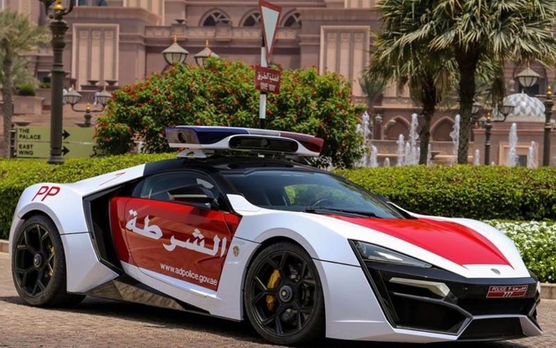 37: Lykan Hypersport (Abu Dhabi)
