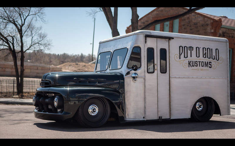 Ford ½ ton Bread Truck (1950)