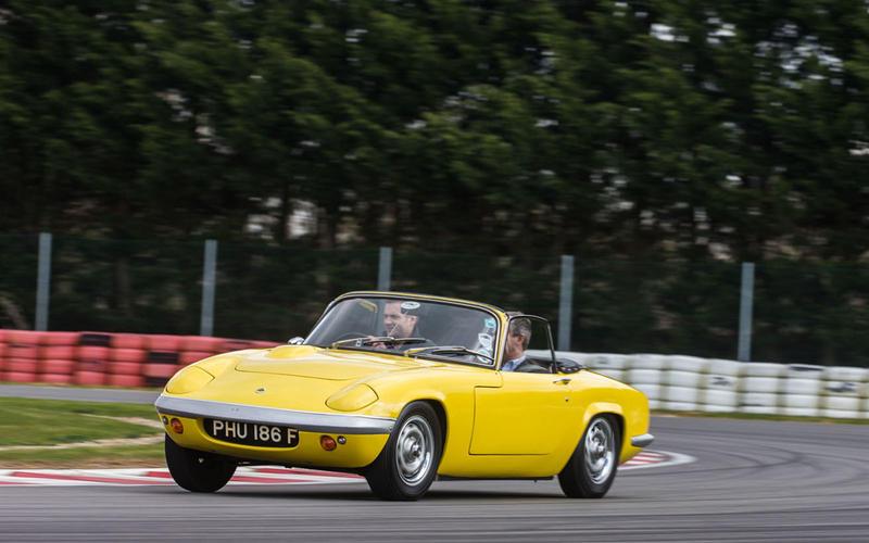 49. 1962 Lotus Elan