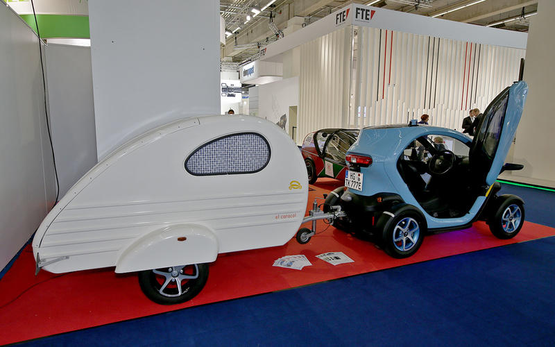 Renault Twizy, with Caravan