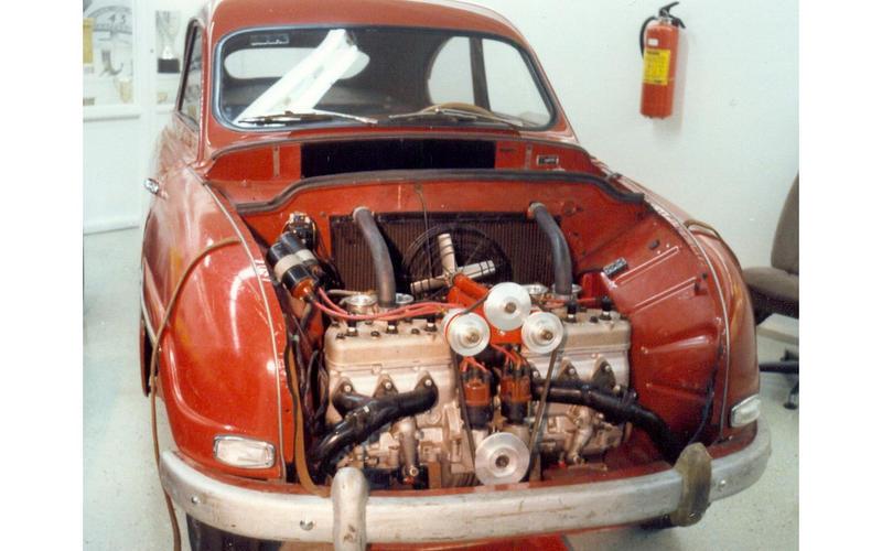 Straight-six Saab