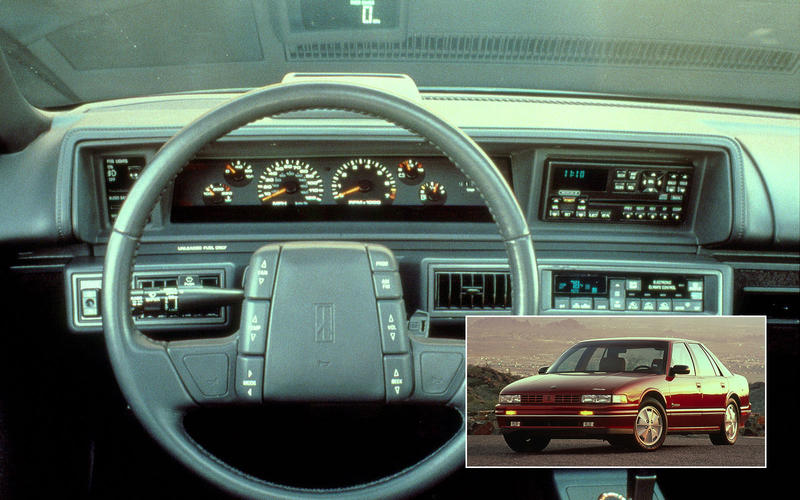 HEAD-UP DISPLAY (HUD): Oldsmobile Cutlass Supreme (1988/90)