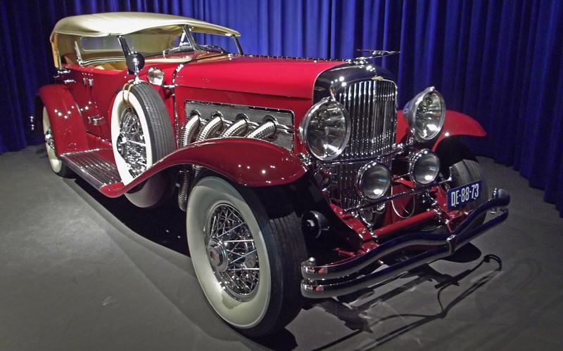 1930s: Duesenberg Model SJ: 140mph (225 km/h)