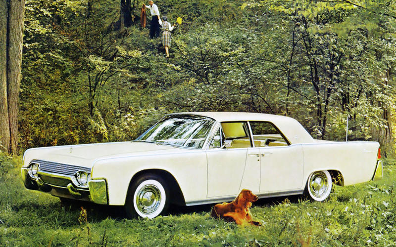 41. 1961 Lincoln Continental (UP 2)