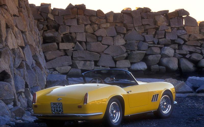 38. 1960 Ferrari California SWB (UP 3)