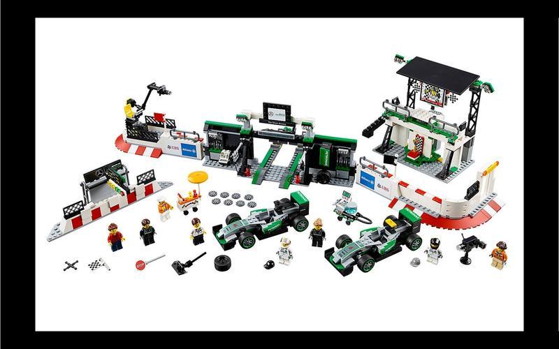 Mercedes-AMG Formula One team (Speed Champions set #75883, US$150/£90)