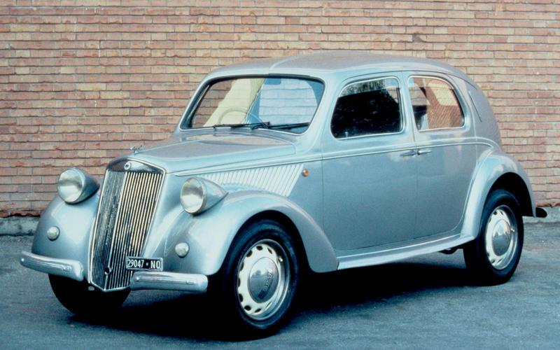 FIVE SPEED MANUAL: Lancia Ardea (1948)