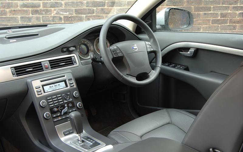 Volvo S80 V8 - interior