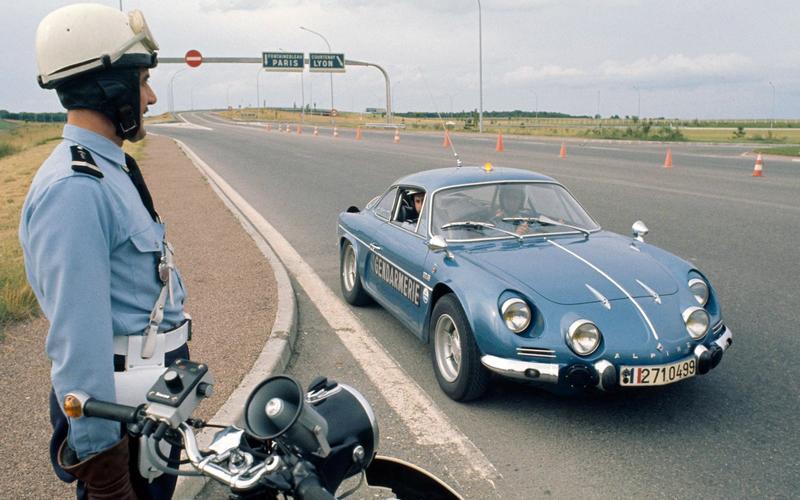 1: Alpine A110 (France)