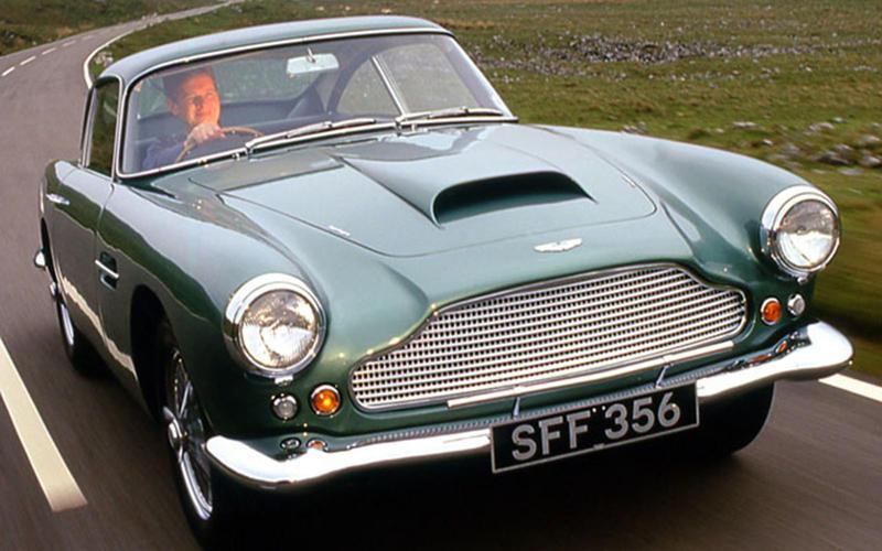 31. 1961 Aston Martin DB4 (UP 5)