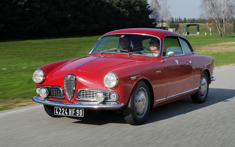 30. 1961 Alfa Romeo Giulietta Sprint (UP 5)