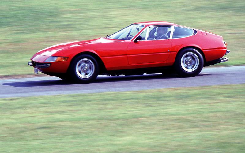 25. 1968 Ferrari Daytona (UP 2)