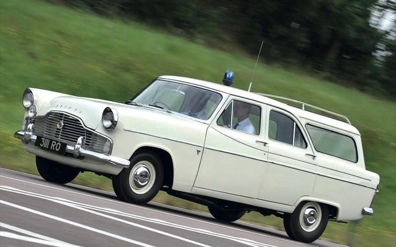 74: Ford Zephyr Mk2 Farnham Estate (Britain)