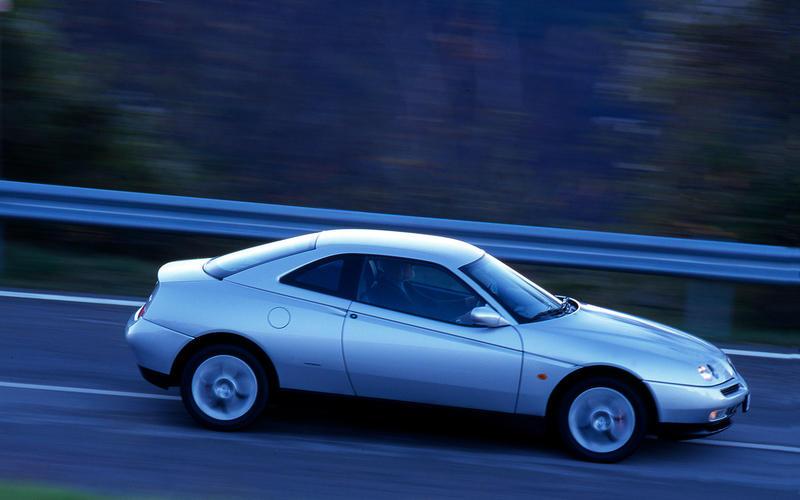 Alfa Romeo GTV V6