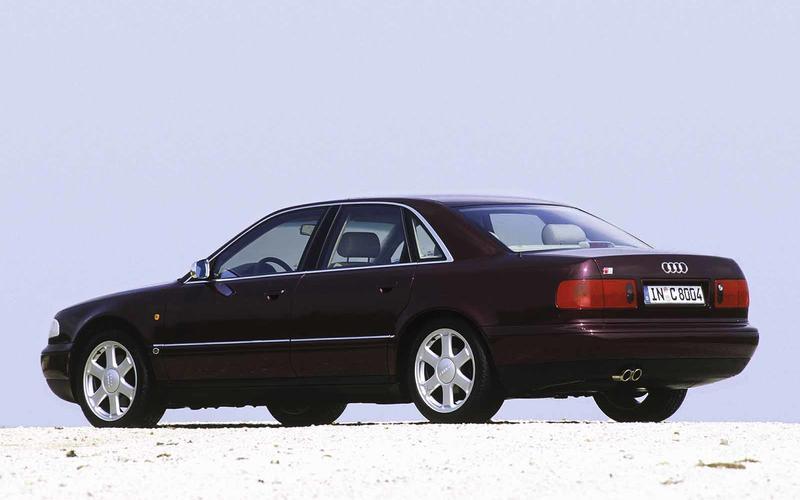Audi S8 (Ronin, 1998)