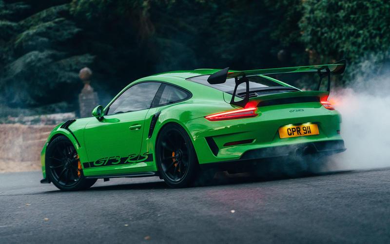 Porsche 911 GT3 RS burnout